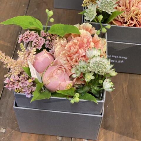 IMG_10 生花のBOXフラワーS-Pink-